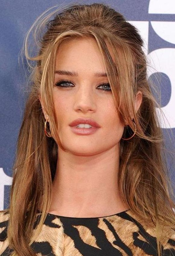 Rosie-Huntington-Whiteleys-Honey-Blonde-Hair