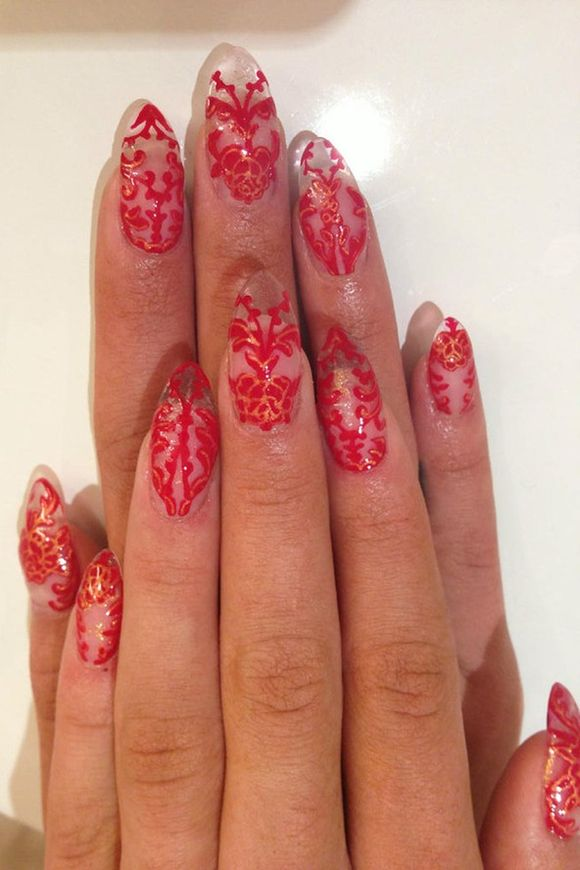 -UK-nail-art-festival-ideas-lace-nails