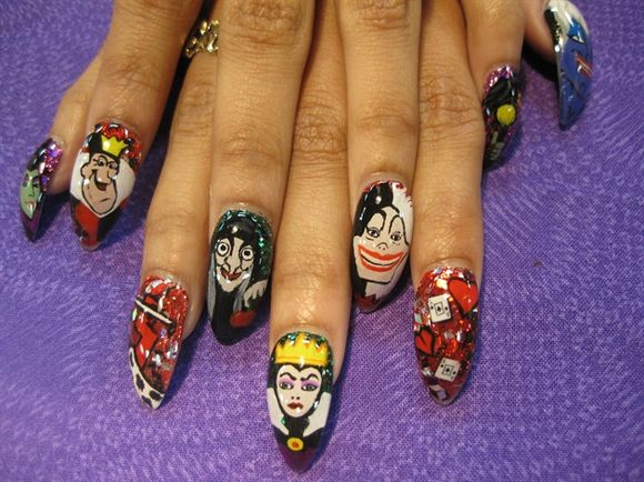 disney-villains-nail-art