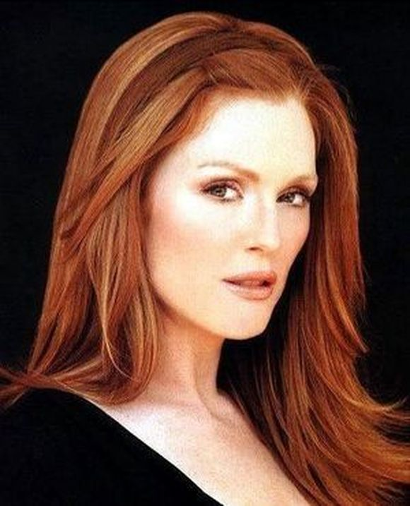 julianne-moore-and-red-hair