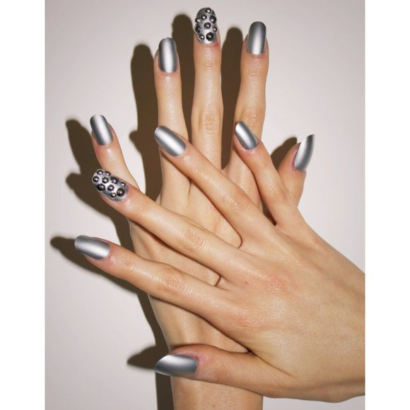 floss-gloss-party-nail-art-picture-7