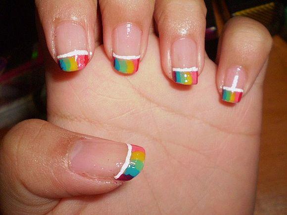 rainbow-nail-art-2