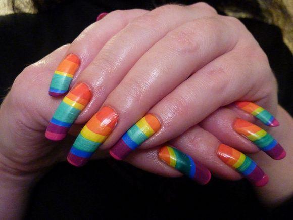 rainbow-nail-art-5