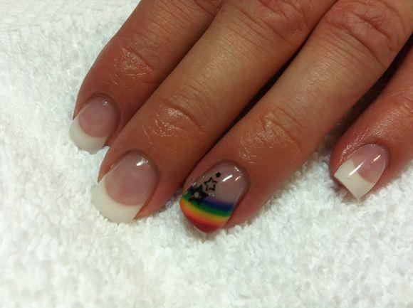 rainbow-nail-art-7