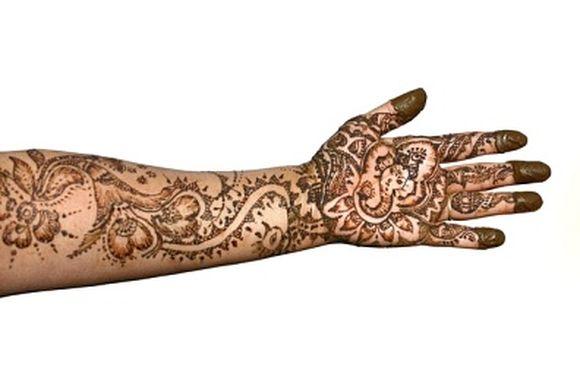 ganpati-mehndi-designs-12