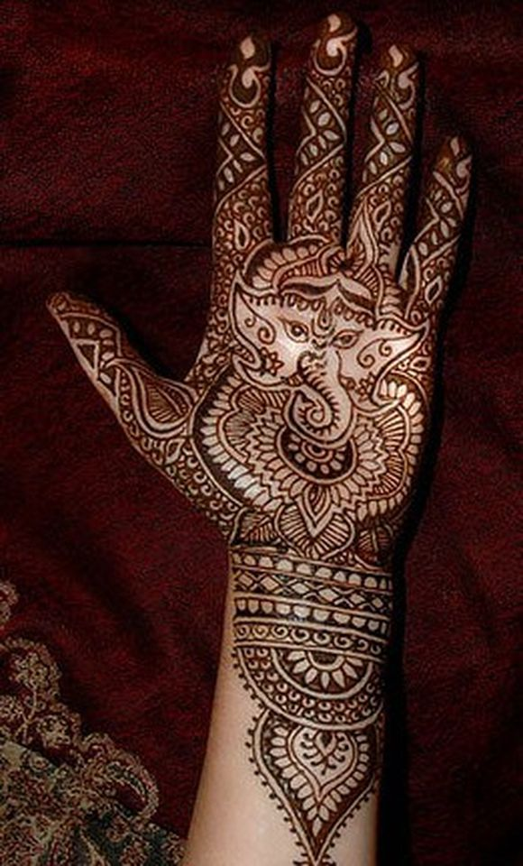 Ganesh Chaturthi Mehndi Photo Gallery for free download
