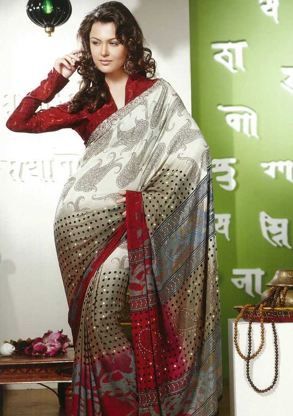 Blouse and set your own style statement with the latest saree blouse
