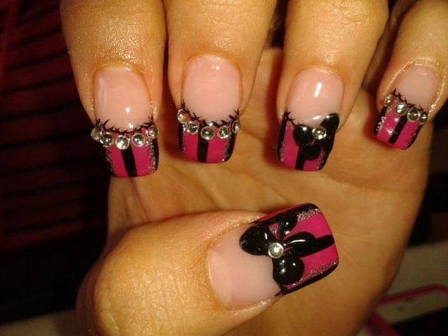 birthday-bow-nail-art-2