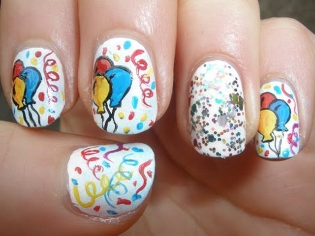 birthday-decoration-nail-art