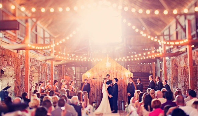 elegant-barn-weddings-decoration-ideas