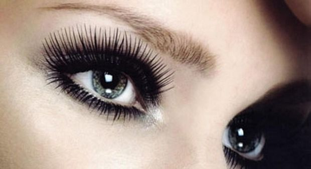 layer-of-lashes