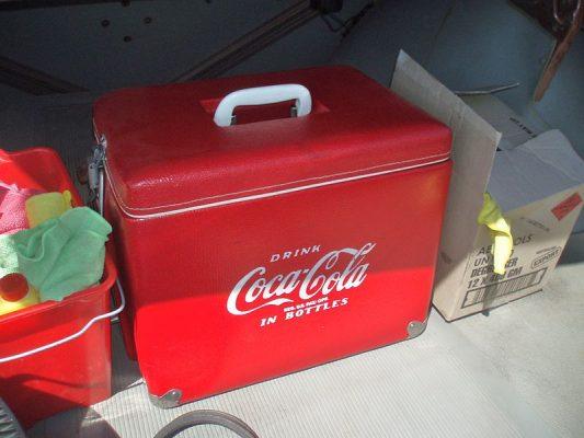 Vintage_Coca_Cola_cooler