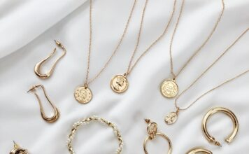 What actually is Gold Vermeil? Your go-to jewelry guide.